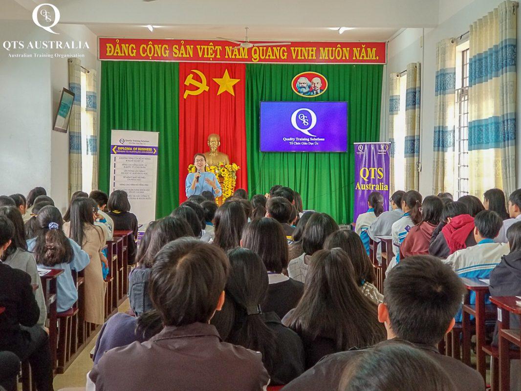QTS Event THPT Chuyên Nguyễn Chí Thanh Đắk Nông